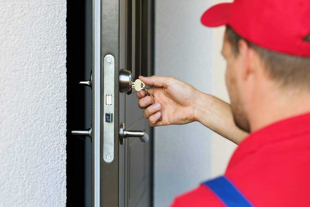 How To Unlock A Door >> Mix How To Unlock Doors Without Damaging Them